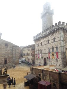 Medici Kingdom of Gold set in Montepulciano